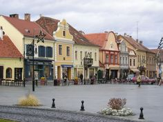 Kőszeg. Hungary. Foto: Gyöngyi Sipos Heart Of Europe, Hungary, Places To See, Countryside, Street View, Mansions, Architecture, House Styles, Arquitetura