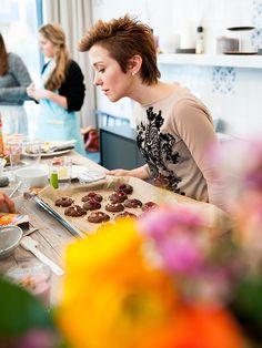 Die Bloggerinnen knusperten sich bei unserer Cookies Blog Academy nicht nur durch das Bahlsen Sortiment, sondern kreierten auch eigene Rezepte mit unseren leckeren Produkten. // On our Cookies Blog Academy the foodblogger didn't only nibble our sweet Bahlsen products, they also created new recipes including Bahlsen cookies. #Bahlsen #LifeisSweet #Cookies #BahlsenCBA