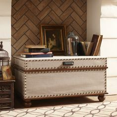 Storage Trunk... going to try this look with my old trunk