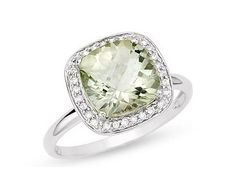 ❤ A Lovely 14K White Gold Diamond and Green Amethyst Ring ❤