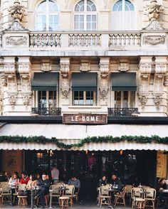 Travel in Paris. Adorable Paris streets.