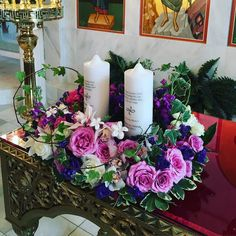 Memorial tribute candle arrangement for a recent wedding. #weddingflowers #florist #flowershop #floraldesign #tributeflowers #memorialcandles #dvflora by petalsfloraldesign