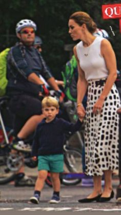 Princess Diana Hair, Prince And Princess, Princess Charlotte, Prince Harry, Prince William Family, Prince William And Catherine, William Kate, Kate Middleton Stil, Princesa Kate Middleton