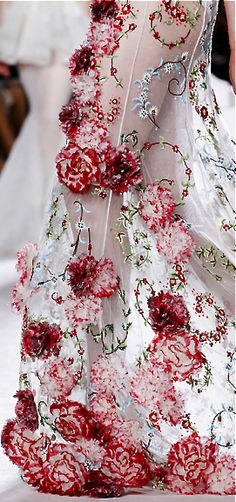 iRP.  love the smaller flower designs by valli the big flowers i feel are too 3D and over the top but are very pretty too. #sheer #floral #TopshopPromQueen