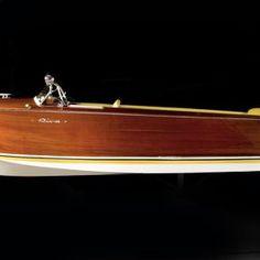 Riva Sebino Speed Boats, Bellini, Wooden Boats, Italy, Classic, Planes, Cars, Wood Boats, Derby