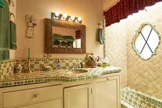 Casita bathroom with hand painted tile. #agavesanmiguel #sanmiguelrealestate