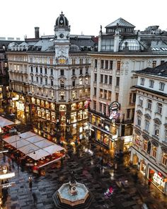 Rainy night at Graben ☔ ~ Vienna, Austria Phot Places Around The World, Travel Around The World, Around The Worlds, Places To Travel, Travel Destinations, Places To Visit, Voyage Europe, To Infinity And Beyond, Future Travel