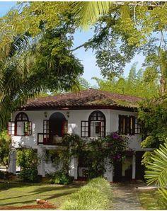 Spanish style homes - Fachada casa Hacienda Hotel San Jose Spanish Style Homes, Spanish House, Spanish Colonial, Spanish Revival Home, Spanish Exterior, Spanish Bungalow, Style At Home, Old Style House, Architecture Classique