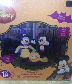 Disney Mickey & Minnie w/ Pumpkin Halloween Gemmy Airblown Inflatable Yard Prop