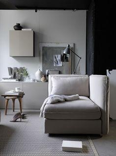 K R i S P I N T E R I Ö R : Trending: Grey + Beige. Vallentuna sofa IKEA.