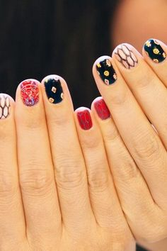 5 different nail art ideas in one mani
