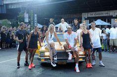 Hier en fin de journée, Nike Tennis a créé l'évènement dans les rues de New York en réunissant ses principaux ambassadeurs accompagnés de 3 légendes, Pete Sampras, Andre Agassi et John McEnroe ! When old school meets new school !