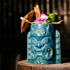Photos: Almost All The Cocktails At Three Dots And A Dash: Chicagoist Tiki Art, Tiki Tiki, Tiki Room Disney, Vintage Tiki, Vintage Hawaii, Tropical Mugs, Vintage Cocktails, Tiki Bar Decor, Tiki Lounge