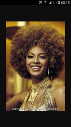 Beauty Breakdown - Beyonce Knowles as Foxxy Cleopatra in Austin Powers in Goldmember. Beyonce is wearing the AmazingConcealer in Tan. 70s Disco Makeup, 70s Makeup, Austin Powers, Studio 54, Cleopatra, 70s Hair And Makeup, Look Disco, Disco Hair, Pelo Natural
