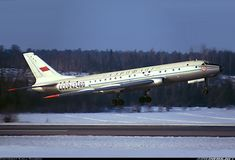 Tupolev Tu-104A aircraft picture