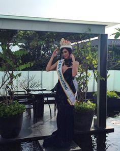 Diseñadores de Indonesia realizaron sus Creaciones para Edymar Martinez, Miss International 2015. quien posa para la Prensa Especializada de ese País..