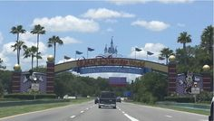 Disney World Trip Planning: What to do a year out!