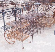 wrought iron tea carts Iron Furniture, Antique Furniture, Coffee Table With Wheels, Metal Cart, Vintage Patio, Metal Bending, Coffee Carts, Flower Cart, Tea Sets Vintage
