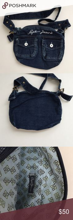 Cross body bag Original Pepe jeans cross body bag. Used only once. Adjustable strap. Bags Crossbody Bags