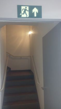 Pinturas e Acabamentos.: Melhor pintura para hall de escada.