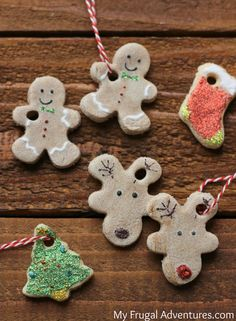 Over 29 DIY Homemade Salt Dough Ornaments for the Kids to Make this Christmas! Great Salt Dough recipes and ideas for th How To Make Christmas Tree, Holiday Crafts For Kids, Xmas Crafts, Homemade Christmas, Diy Christmas Gifts, Kids Christmas, Elegant Christmas, Merry Christmas, Salt Dough Christmas Ornaments