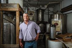With a name like Bert Beveridge, the founder of Tito's Handmade Vodka was destined to strike it big in the spirits business. How To Make Vodka, Making Vodka, Titos Vodka Recipes, Eat To Live, Guy Names, Mojito, Distillery, Spring Break, Success