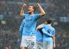 Manchester (United Kingdom) (AFP) - Manchester City are within touching distance of the Premier League title after overwhelming Aston Villa 4-0