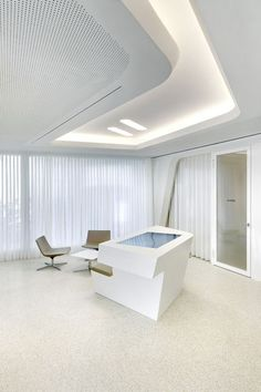 Bank and Interior Meeting Room of Raiffeisen Office in Zurich by NAU How amazing modern interior design office here and we like. Zurich, Interior Concept, Modern Interior Design, Architecture Details, Interior Architecture, Hotel Lounge, Shops, Clinic Design, Cool Office