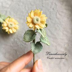 Learn How To Make - Diy Crafts - Qoster Crochet Flower Tutorial, Crochet Flower Patterns, Crochet Designs, Crochet Girls, Crochet Art, Crochet Doilies, Yarn Flowers, Knitted Flowers, Crochet Hair Accessories