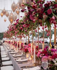 Gorgeous wedding centrepieces for your wedding day. How to decorate your wedding with elegant wedding centrepieces. Wedding Table Planner, Best Wedding Planner, Wedding Planning, Spring Wedding, Wedding Day, Dream Wedding, Wedding Centerpieces, Wedding Decorations, Floral Centerpieces