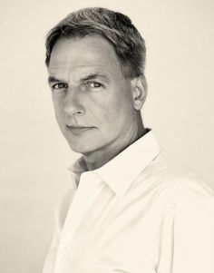 Mark Harmon~ Just gets sexier with age.
