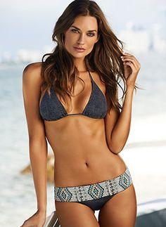 stunning belt detail on this bikini!