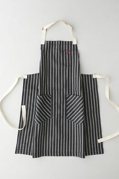 """Hedley-&-Bennett-Dearbourne-Apron - a """"manly"""" apron to bring andy into the fold"""