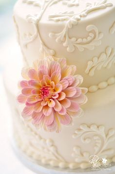 Beautiful Cake ... FROM: dustyrosedahlia2 | Flickr - Photo Sharing!