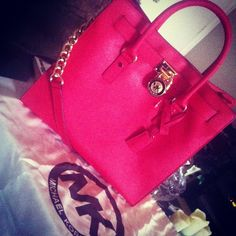 MK♥♥ perfect summer bag