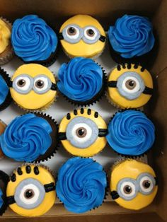 Cupcakes - Minions w/ buttercream only Minion Theme, Minion Birthday, Third Birthday, 4th Birthday Parties, Birthday Bash, Birthday Ideas, Geek Birthday, Minion Cupcakes, Boys Cupcakes