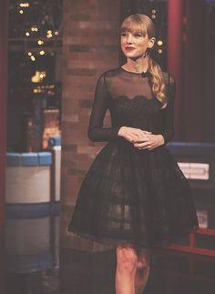 this dress. she's fabulous.