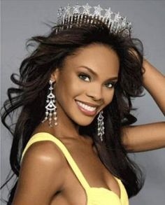 See Crystal Stewart's success as Miss USA. Pageant Makeup, Beauty Pageant, Pageant Hair, Miss Usa, Miss Texas, Texas Usa, Pageant Tips, Miss Univers, Delta Girl