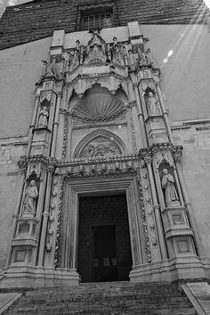 Ancona, Marche, Italy -Church of San Francesco alle Scale, portal- by Gianni Del Bufalo CC BY-NC-SA