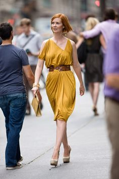 Pin for Later: The Style Bloggers You Should Be Following — Based on Your Favorite Sex and the City Character Miranda Hobbes