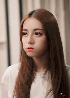 Cute Korean Girl, Asian Girl, Sweet Girls, Cute Girls, Beautiful Chinese Girl, Arte Disney, Foto Jungkook, Chinese Actress, Hollywood Actresses
