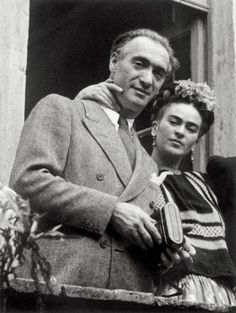 Frida Kahlo with her lover, the photographer Nickolas Muray.