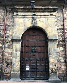 Doors are made to be opened! #bogota #colombia Travel  #travel #traveling #vacation #visiting #travelporn #instatravel #trip #holiday  #fun #instagood #art #tourism #igdaily #instatraveling #mytravelgram #vscocam #igtravel #travelismybusiness #whereplaces #photo #iphoneonly #photooftheday #havingablast #bestdayever