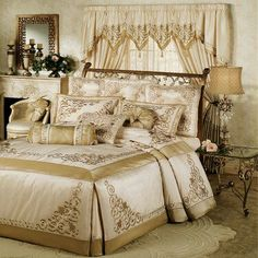 Ivory & gold bedding