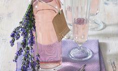 Milujete vôňu levandule? Pripravte si voňavý i chutný sirup z kvetov levandule s pomocou Cukru na sirup Dr.Oetker. Je to také jednoduché!