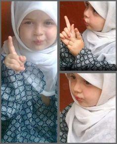 مَاشَآءَاللّهُ Cute Kids, Cute Babies, Muslim Beliefs, Hijab Niqab, Muslim Girls, Beautiful Hijab, Word Of God, Bellisima, Little Ones