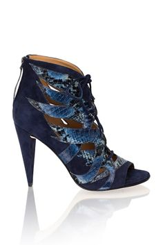 Loving these heels from Kotur