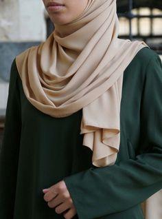 Bi-Color Maxi Dress - Maxi Dresses - Women Modest Dresses, Modest Outfits, Modest Fashion, Modest Clothing, Maxi Dresses, Hijab Fashion, Muslim Women Fashion, Womens Fashion Online, Latest Fashion For Women