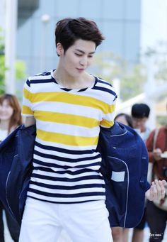 """160521 UP10TION Music Core Mini Fanmeeting Kogyeol Cr: 아이스_사이다 "" Do not edit"