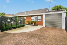 A Beauty in Belmont | Trade Me Property
